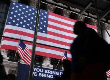 Morning Update – US markets take aim for all-time highs