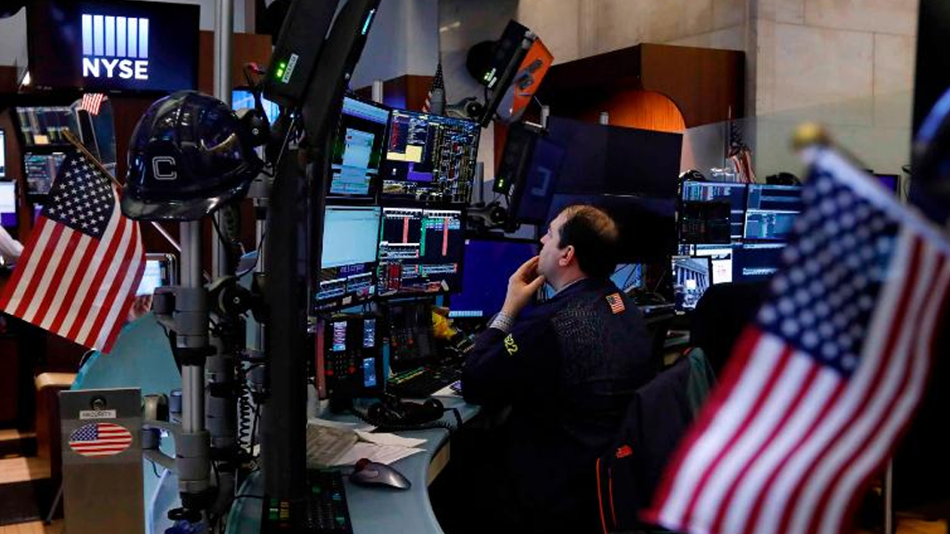 US markets showing signs of breaking higher
