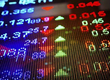 Markets continue to consolidate at top of the range