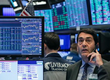 US markets finish dreadful September with another fall