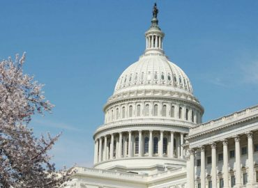 Lawmakers try to prevent a US government shutdown