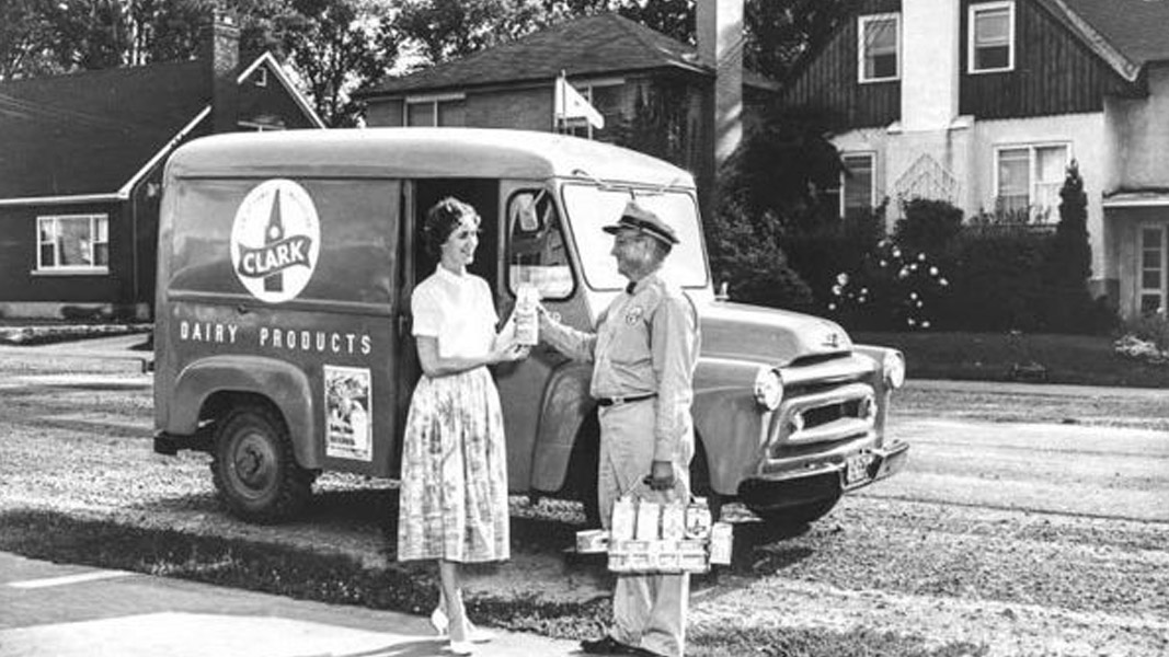 Could the milkman make a comeback? A case for reusables in food packaging
