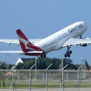 Out of the holding pattern: Aussie planes return to the sky after two years of lockdown